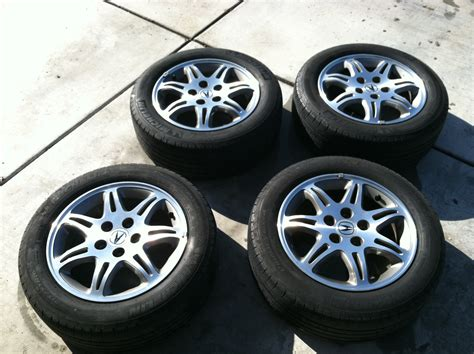 Acura Tires by Closed 1999 Acura Tl Oem Wheels And Tires Acurazine