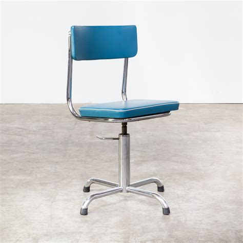 60s small office chair blauw skai with white trim barbmama