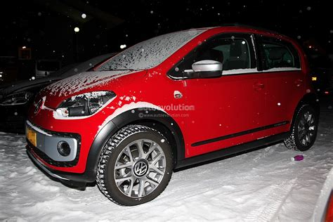 volkswagen winter spyshots volkswagen cross up winter testing autoevolution