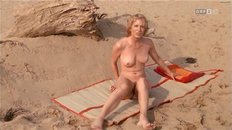 Lesly malton nackt