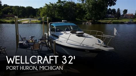 Boats For Sale In Port Huron Michigan by Sold Wellcraft 3200 St Tropez Boat In Port Huron Mi 110179