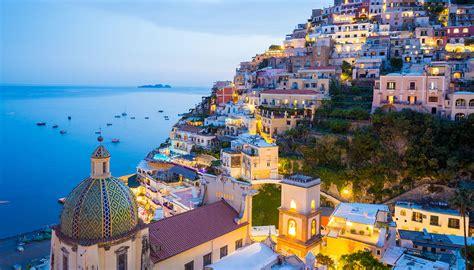 City Highlight Naples World Travel Guide