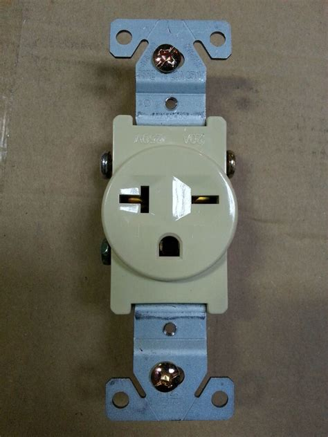 Single Receptacle Amp Outlet Pole