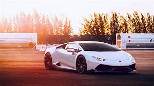 Wallpaper Lamborghini Huracan white supercar, sunset