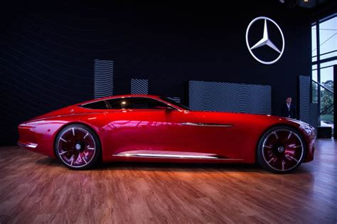 unveiling   mercedes benz maybach vision