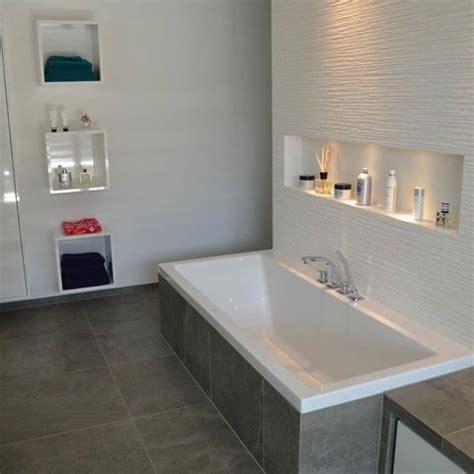 Badewanne Mit Nische die besten 25 badewanne ablage ideen auf