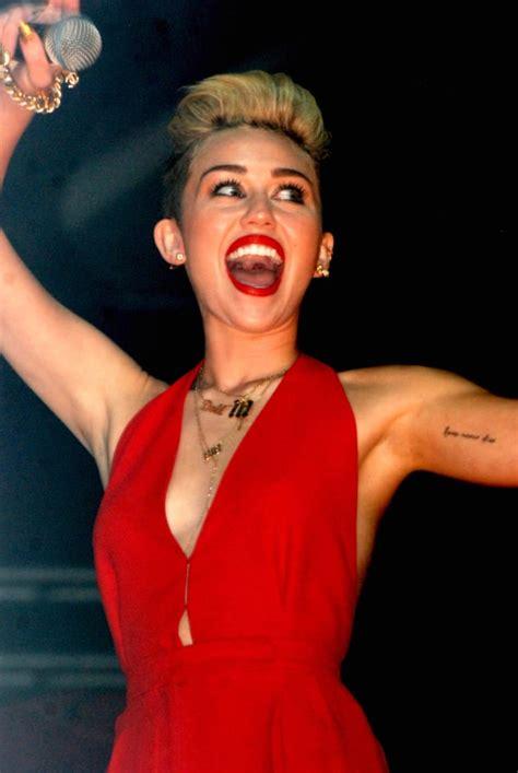 Miley Cyrus Pretty Much Admits: I Love Marijuana! - The ...
