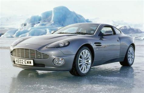 Aston Martin V12 Vanquish In Die Another Day Shaken