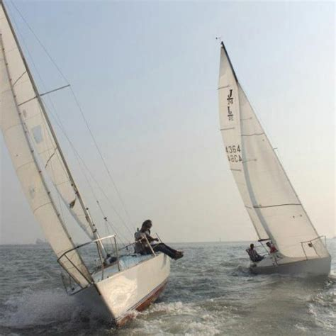 Sailing Boat Gateway Of India by 23 Best J24 Sailboats Images On Pinterest Sailing Ships
