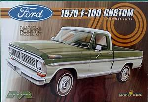 Moebius Models 1970 Ford F
