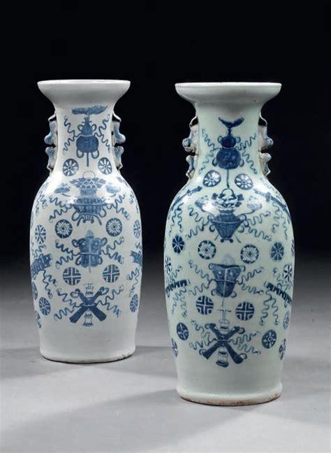 valutazione vasi cinesi lotto composto da due vasi cinesi in porcellana bianco
