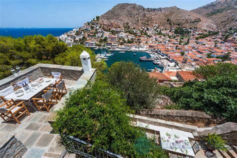 maison a vendre grece maison de maitre a vendre surplombant le port d hydra grece