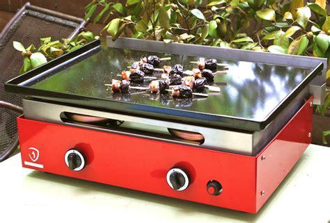 cuisine sur plancha plancha gaz verycook mat 233 riel cuisine villefranche sur