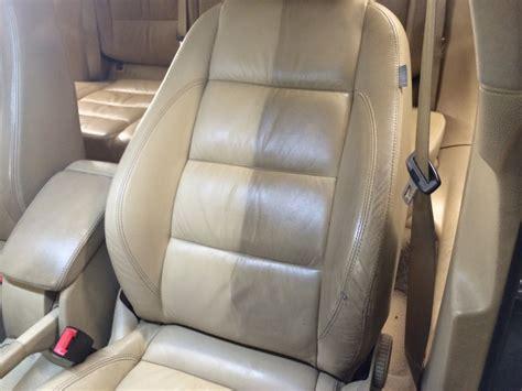 nettoyage interieur cuir voiture nettoyer du cuir beige voiture autocarswallpaper co