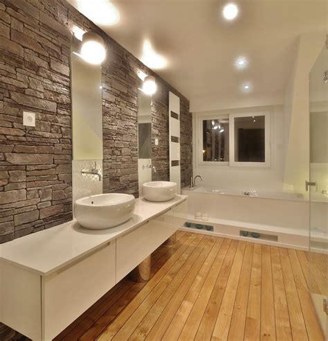 salle de bain avec de parement maison renovation luxe vasques selles parquet pont de bateau parement zucchetti agence avous