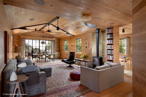 Persian Rug In Modern Living Room