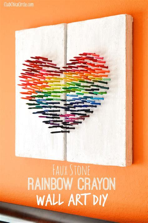 things to make for faux rainbow crayon wall diy Diy