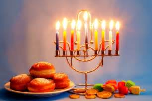 chanukah candles hanukkah the courage of the maccabees messianic bible