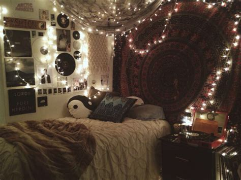 young woman bedroom and string lights hipster bedroom wall hanging fairy lights we heart it