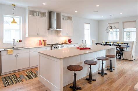quartz countertops with white cabinets white cabinets light grey quartz countertops design ideas