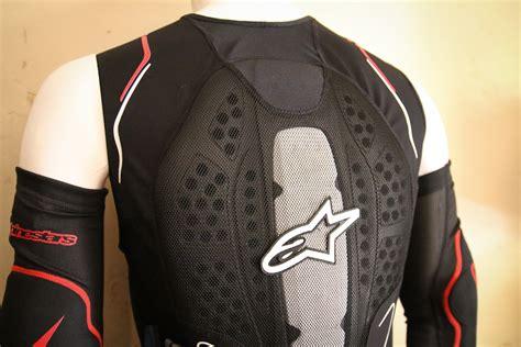 Alpine Stars Evolution Protection Gets New Vest, Zip Off