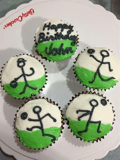 soccer cupcakes  cupcakes cakes pinterest soccer