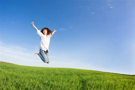 simple ways  achieve true happiness thought catalog