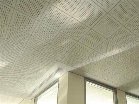 faux plafond acoustique en placo tile 6 18 r by fibran