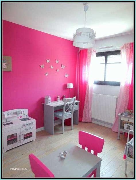 chambre fille blanc  rose chambre de fille aux murs gris
