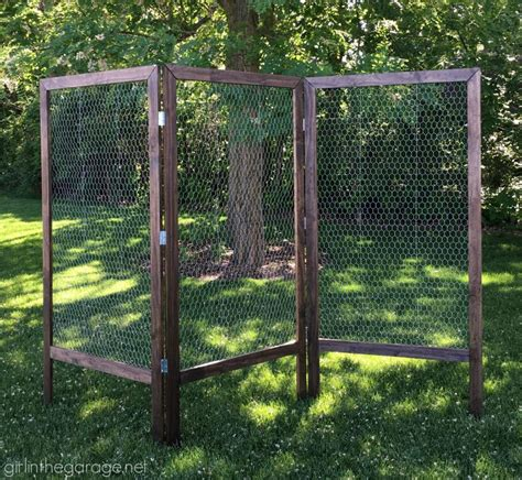 diy folding display  chicken wire craft booth