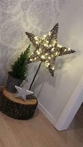 Stern Beleuchtet Weihnachten : 25 einzigartige holzstamm ideen auf pinterest protokolltabelle holzstamm diy und ~ Markanthonyermac.com Haus und Dekorationen