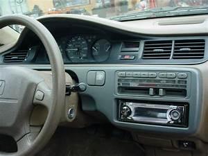 1992 Honda Civic Dx Sedan   Manual   1 6l D16y7