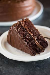"Hershey's ""perfectly chocolate"" Chocolate Cake - Tastes ..."