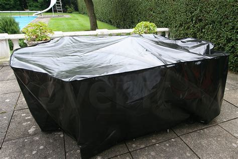 protect your patio set with a high quality waterproof