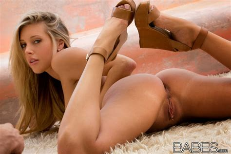 Samantha Saint Fucking Top Rated Scenes Lucy Pinder Topless 2014