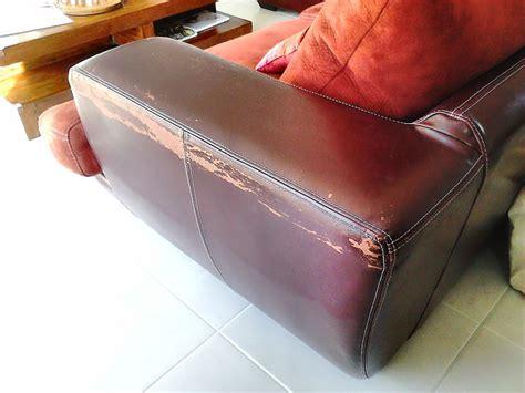 trou canapé cuir reparation fauteuil cuir dechire 28 images r 201 parer