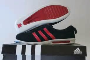 Adidas Derby Merah List Hitam porshe sepatu pamulang