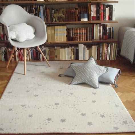 tapis chambre tapis chambre de bébé constellation gris