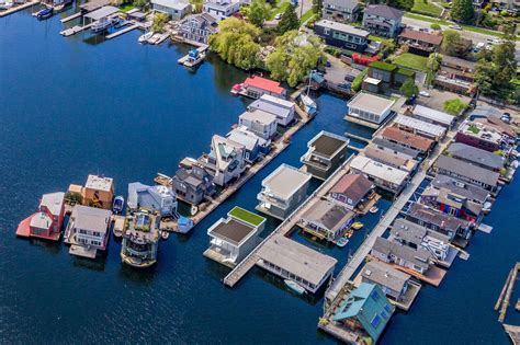 seattle afloat seattle houseboats floating homes