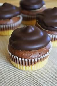 Waffeln Mal Anders : donauwellen cupcakes rezept buffetessen hochzeit ~ Eleganceandgraceweddings.com Haus und Dekorationen