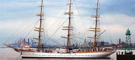 seefahrt bremenbremerhaven schulschiff deutschland auf