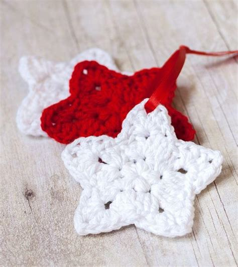easy crochet christmas crafts crocheted ornaments allfreechristmascrafts