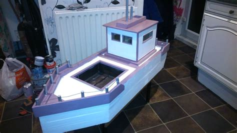 How To Build A Boat Planter by Build Your Own Garden Boat Planter Out Of Pallets Other