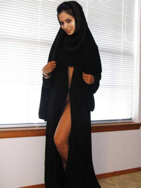 Arabian Hijab Nude Girl Picture Arabian Girl Pinterest Nude Girl Pictures And Arab Women