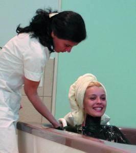 Можно ли мыть голову дегтярным шампунем при псориазе