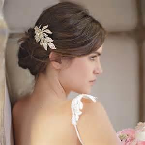 coiffures mariage les barrettes comme accessoire de coiffure de mariée