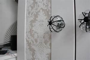 Schrank Mit Tapete Bekleben : die besten 25 barock tapete ideen auf pinterest barock ~ Bigdaddyawards.com Haus und Dekorationen