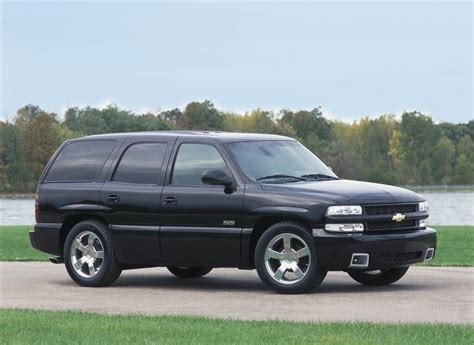 2002 Chevrolet Tahoe Pictures, History, Value, Research