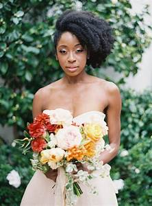 7 Superb Natural Hair Bridal Hairstyles For Summer Weddings