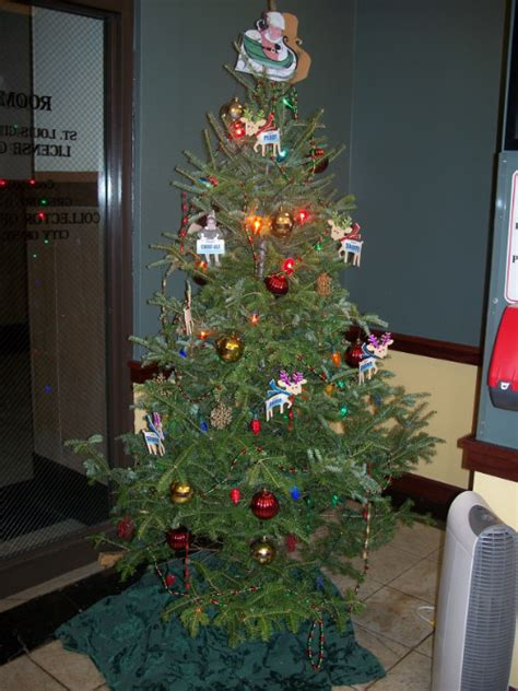 christmas tree decorating contest ideas tree decorating contest